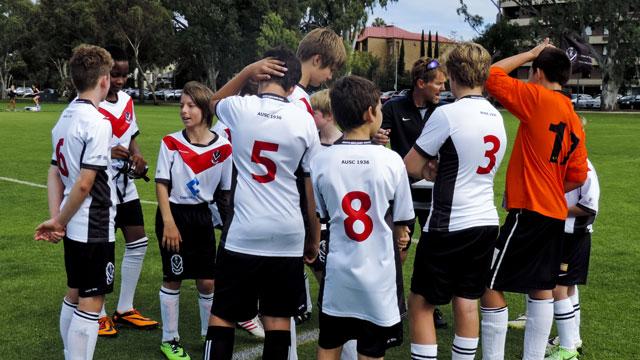 Junior-Boys-2014-news-meeting