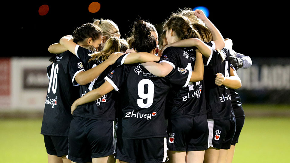 WNPL team huddle