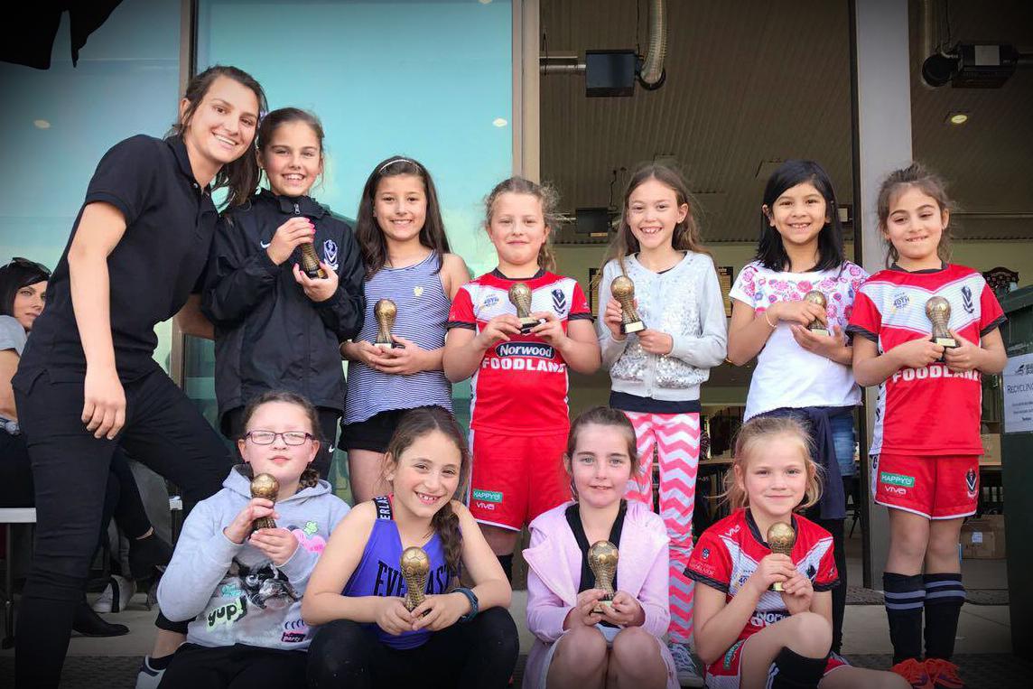 Under 9 girls team photo